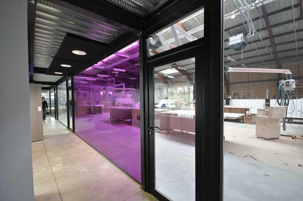 bureaux et zone d accueil villeneuve d ascq architecte. Black Bedroom Furniture Sets. Home Design Ideas